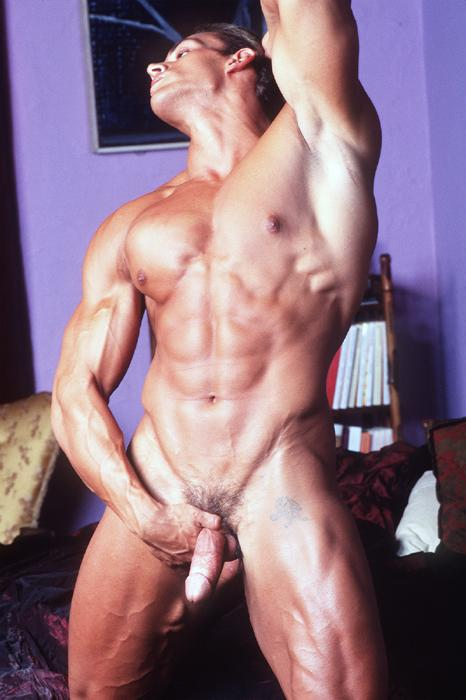 sexy bodybuilder naked