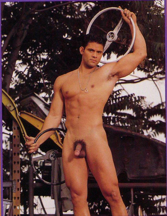 naked Angelo Berrios