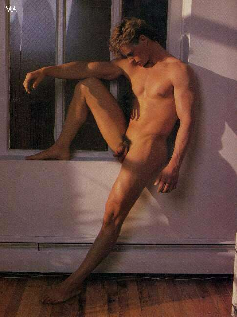 muscle boy naked