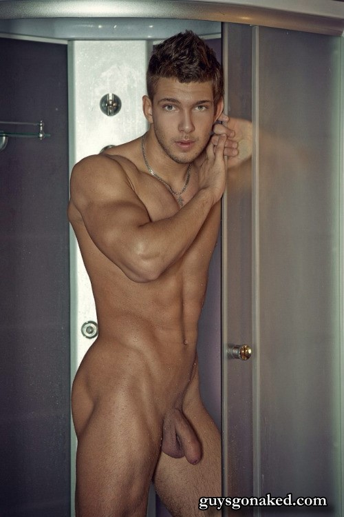 Attractive muscle guy naked