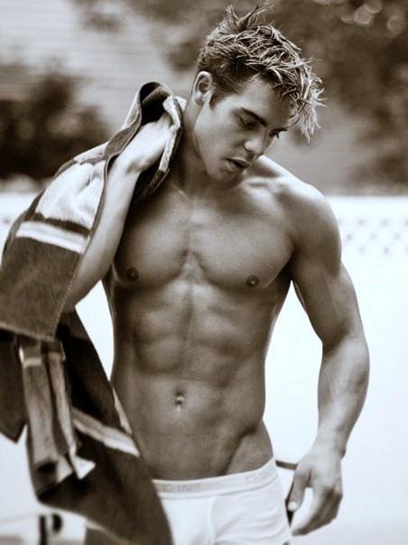 Chris Campanioni shirtless
