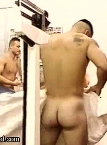 Muscle men gay spy cam